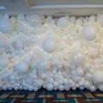 Organic Balloon Wall with lights copy 2k